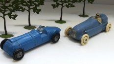 Le Grand prix du Million: le duel ! Bugatti Delahaye