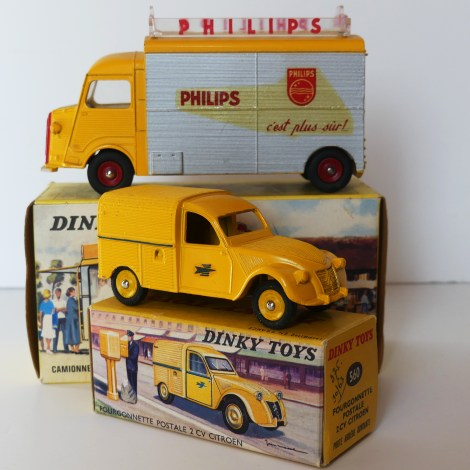 """Dinky Toys Citroën 1200Kgs """"Philips"""" et Citroën 2cv postes"""