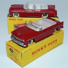 Dinky Toys Chrysler New Yorker avec intérieur rosé et ivoire avec jantes concave