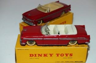 Dinky Toys Chrysler New Yorker avec intérieur ivoire et beige