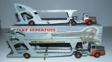 Dinky Toys Unic tracteur semi remorque porte autos (modèle de série) avec et sans vitrage