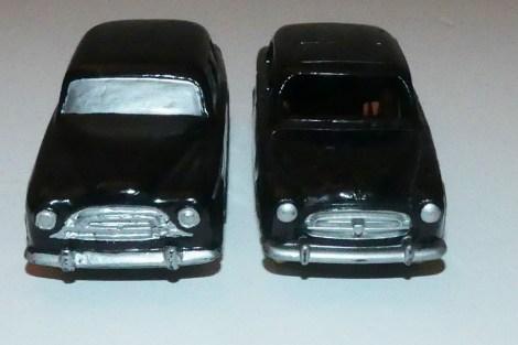 Dinky Toys Peugeot 403 berline prototype en bois et modèle de série
