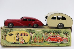 G G berline avec caravane