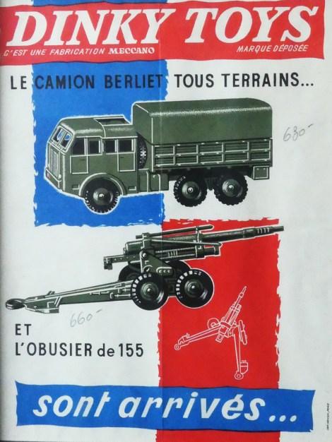Dinky Toys Berliet T6 sur l'affichette de présentation