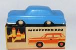 Smer Mercedes 220SE