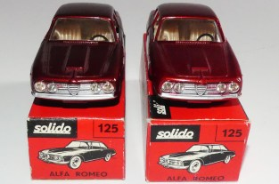 Solido Alfa Romeo 2600 (variante de phares: plastique transparent) et jantes standard nuances de teinte