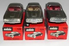 Solido Alfa Romeo 2600 (variante de phares: plastique transparent) et jantes standard