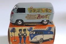 """Tekno Volkswagen Kombi """"Zoo"""""""