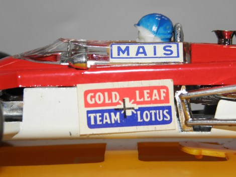"Politoys Lotus 63 4 roues motrice ""Gold Leaf """