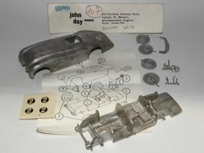 John Day réfrence 107 Bugatti 1er Le Mans 1938 bon courage pour le montage !