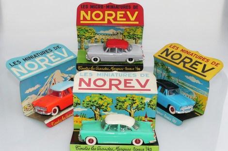 Norev présentoir en tôle avec Simca Versailles