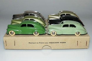 Dinky Toys mes 6 plus belles Peugeot 203