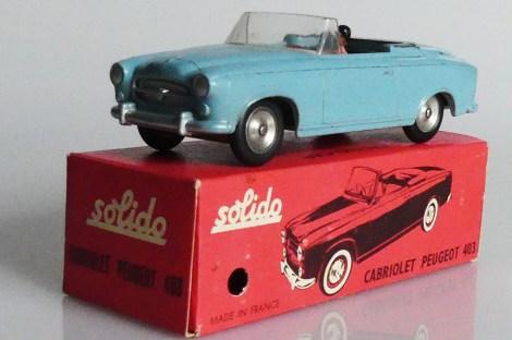 Solido Peugeot 403 : on peut être menu et conduire une 403