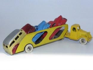 Tootsietoys Mack semi remorque porte autos (peu fréquente version)
