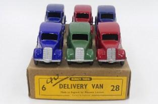 Dinky Toys camionnettes 28 (après guerre)