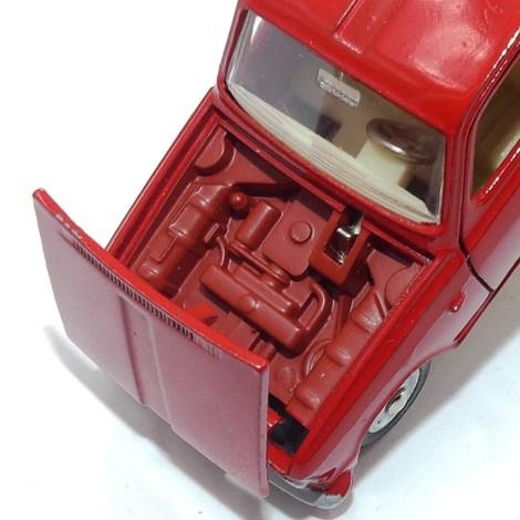Dinky Toys Renault 6 avec bloc moteur de couleur rouge (rare finition) provenance Mr Malherbe