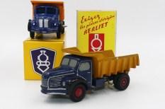 Dinky Toys Berliet GLR avec boîte promotionelle et prototype bois