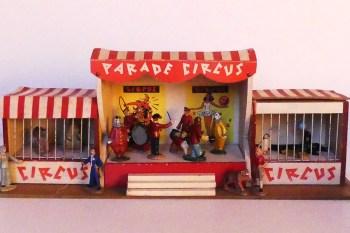 """Quiralu """"parade circus"""""""