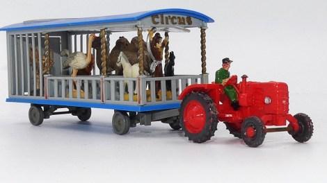 Siku Fahr tracteur et roulottes du cirque