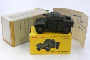 Dinky Toys AML Panhard (cadeau de monsieur Rio) à monsieur Goirand avec la boîte d'envoi