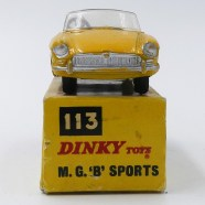 "Dinky Toys Inde MG ""B"" chassis Dinky Toys India)"