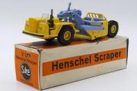 Siku Henschel scraper. Admiez la conception ! splendide. j'aurai aimé joué avec un tel engin !