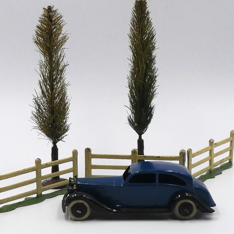 Dinky Toys Rolls Royce 30 d'après guerre: Luxe, calme et volupté !