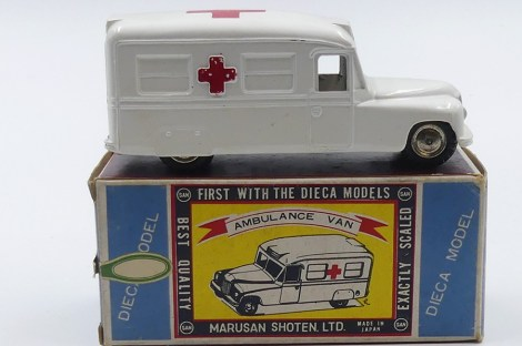 Marusan Daimler fourgon ambulance (Japon)