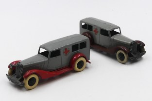 Dinky Toys Bentley ambulance versions d'avant guerre