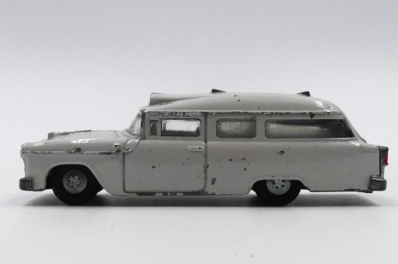 "Minicar Chevrolet break ambulance ""sykebil"" Norvège"