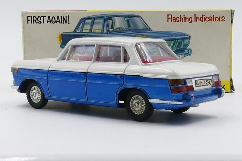 Dinky Toys BMW 2000 Tilux