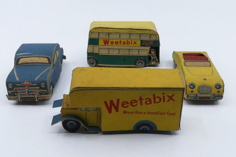 camion fourgon Weetabix (découpage offert avec les céréales)