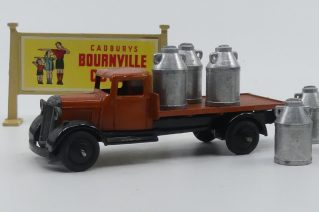 Dinky Toys 25C camion plateau type 4