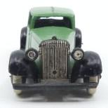 Dinky Toys Daimler 30 C : admirez la calandre