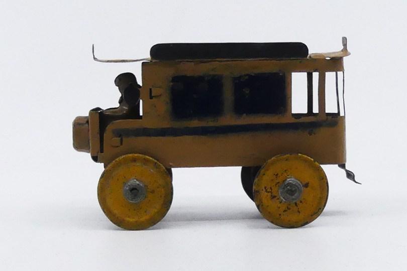 CP (Carrion-Petit) De Dion bus ...jouet de quat'sous on est loin du made in Germany