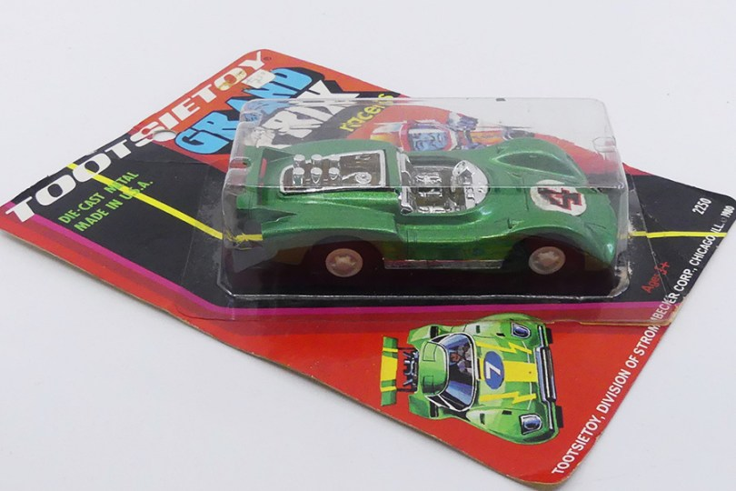 Tootsietoys (USA) Porsche Carrera 6 spider (elle a existé et courut ainsi aux US !)