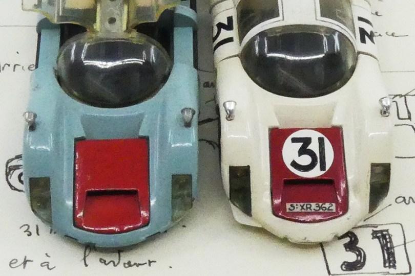 Dinky Toys Porsche Carrera 6 longue Le Mans 1966 prototype en PLASTIQUE avec les croquis de Claude Thibivilliers (les deux capots avant)