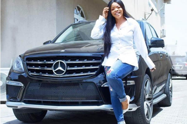 laura ikeji benz ml - PHOTOS: 10 Nigerian Celebrities With New Cars In 2018