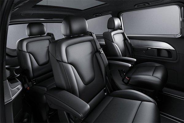 The  Mercedes-Benz V-Class: Combination Of A Van A Saloon