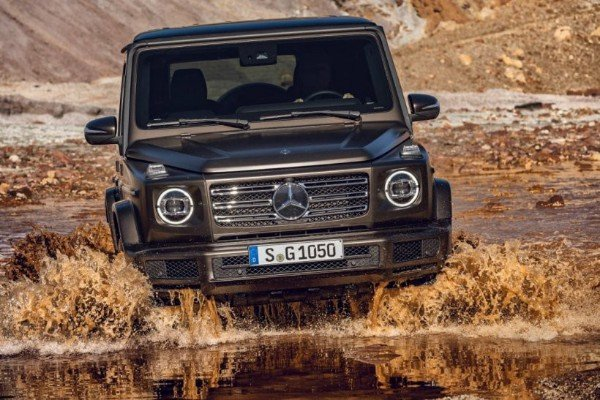 Mercedes Explains How To Drive The New 2019 G-Wagon SUV Through The Mud