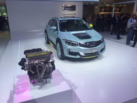 Двигатель для нового автомобиля.