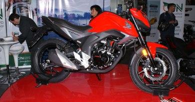 Lanzamiento de la nueva moto Honda CB160F