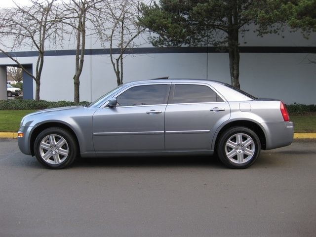 2006 Silver Chrysler 300 Limited Edition