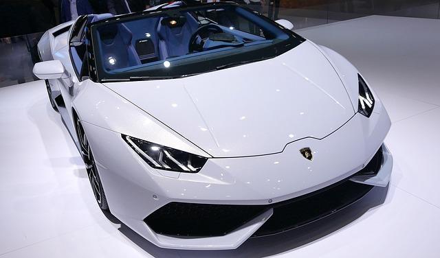 Lamborghini autó