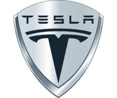 Tesla autó embléma