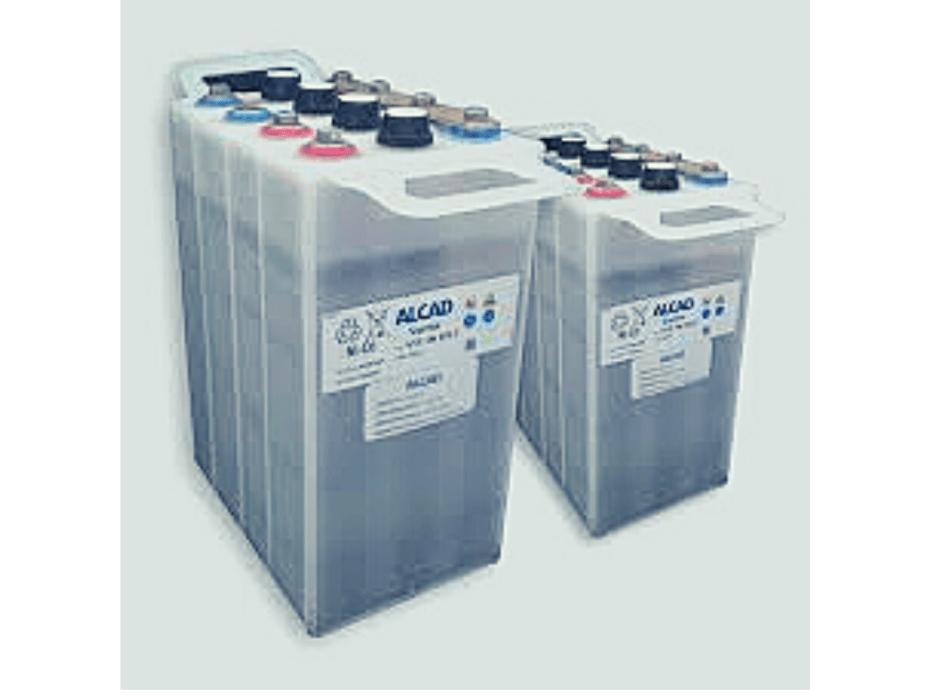 Baterías de plomo ácido abiertas