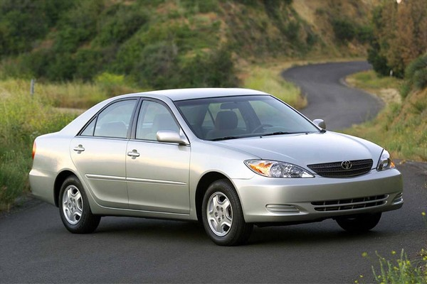Toyota Camry 2005 review