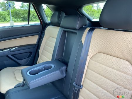 2020 Volkswagen Atlas Cross Sport, interior, second row