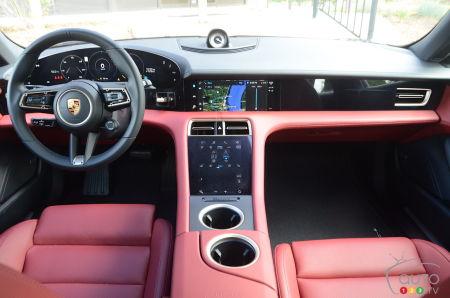 2020 Porsche Taycan 4S, interior