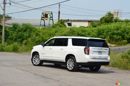 2021 Chevrolet Suburban Duramax, three-quarters rear